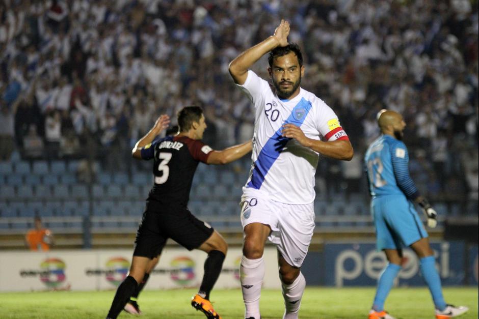 Carlos Ruiz se despidió de las eliminatorias mundialistas. (Foto: Twitter)