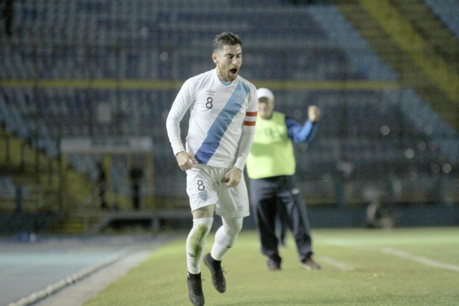 Jean Maárquez grita su gol a todo Pulmón. (Foto: Luis Barrios/Soy502)
