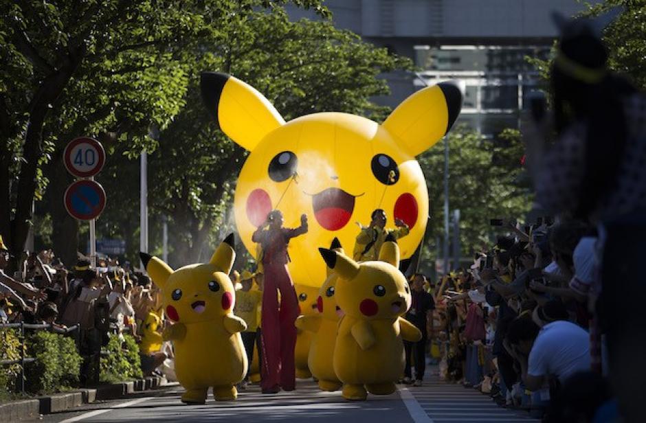 Centenares de fans del Pokémon Go se concentraron este domingo en Yokohama (suroeste de Tokio) para participar en el desfile anual de Pikachu. (Foto: Sopitas)