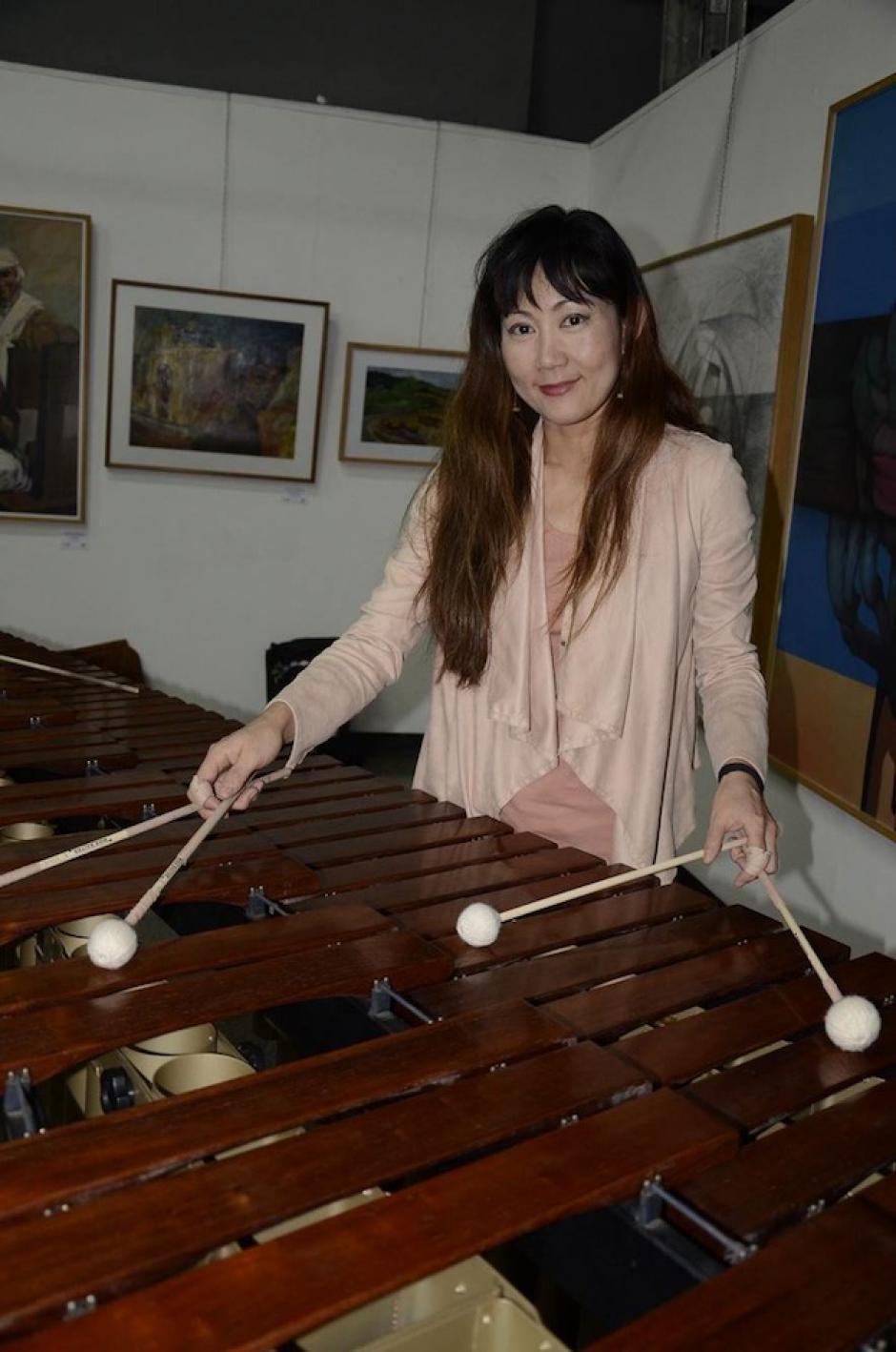 Desde Japón invita con su ritmo Keiko Kotoku. (Foto: Stanley Herrarte/Nuestro Diario)
