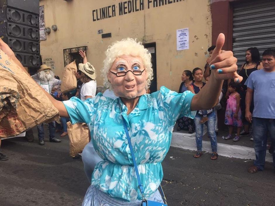 Como todos los años Villa Nueva celebra su Baile de Fieros. (Foto: Jesús Alfonso/Soy502)
