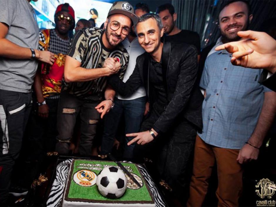 El delantero francés, Karim Benzema, celebró su cumpleaños en Dubai. (Foto: Cavalli Club)