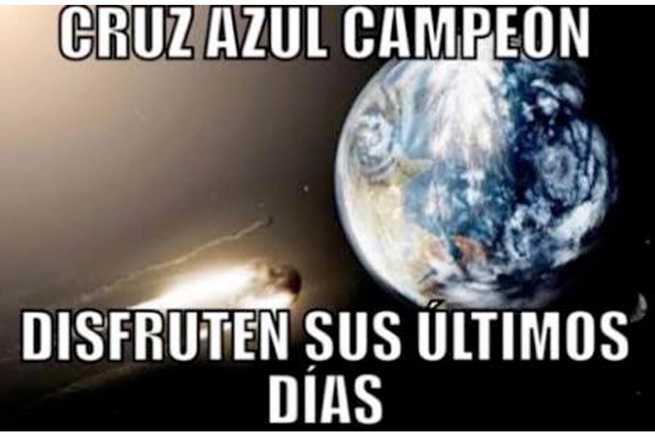 Los cibernautas se burlan de la profecía del #FinDelMundo.(Imagen: Twitter)