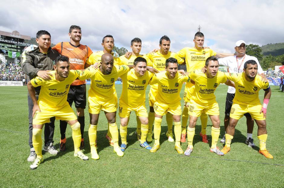 El equipo de Guastatoya que jugó su primera final en la Liga Nacional. (Foto: Nuestro Diario)