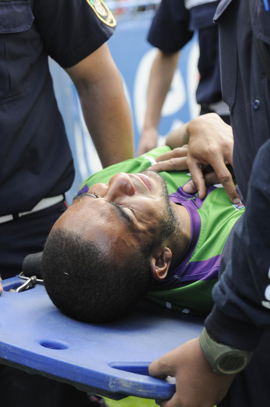 Fredy Thompson salió entre lágrimas debido a una lesión. (Foto: Nuestro Diario)