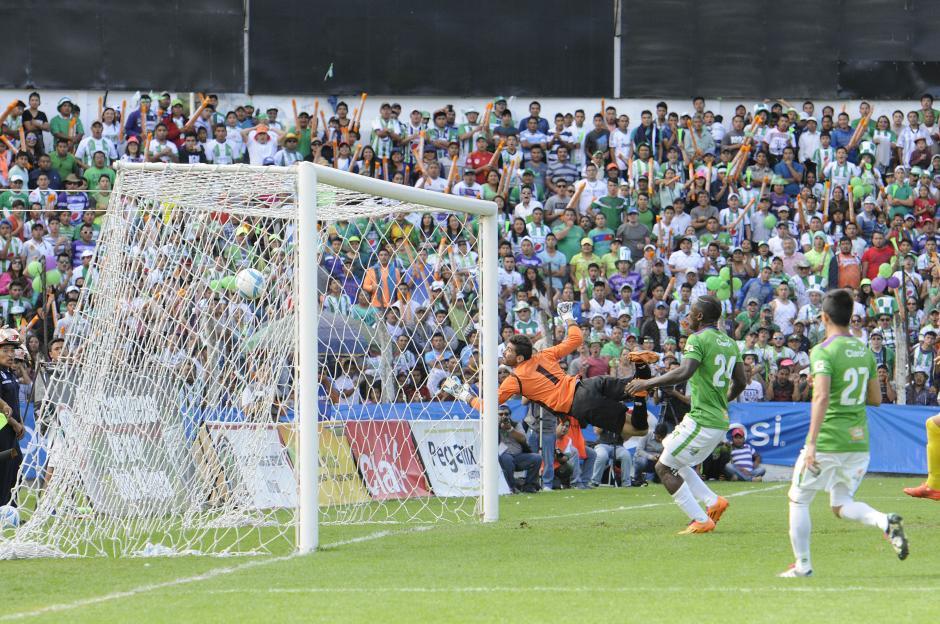 El gol de Isaula que inició la ruta del triunfo para Antigra GFC. (Foto: Nuestro Diario)