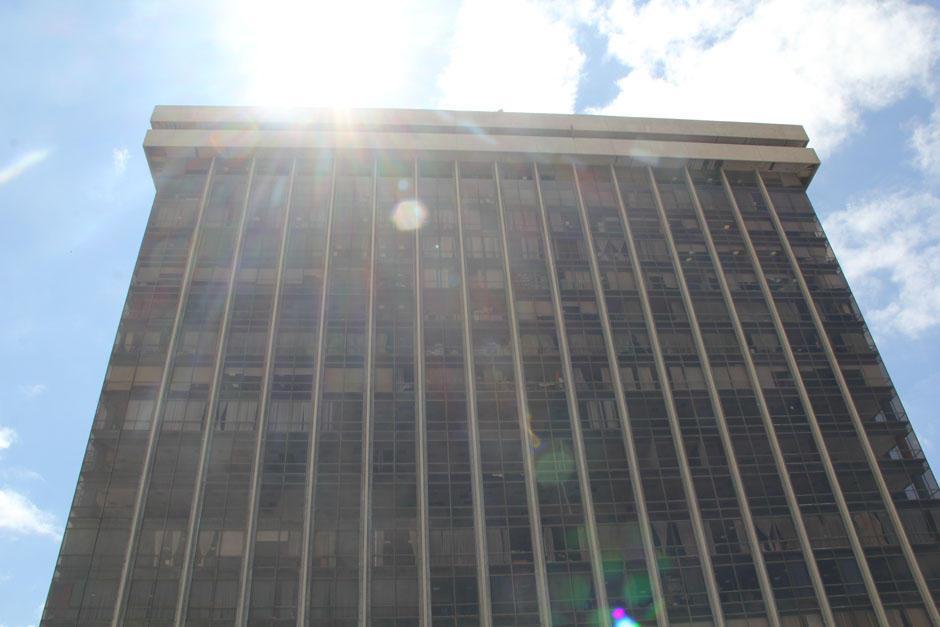 Finanzas insistió en justificar la contratación de la empresa. (Foto: Archivo/Soy502)
