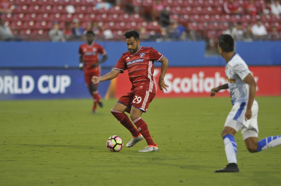 Carlos Ruiz podría debutar en la MLS este sábado con FC. Dallas. (Foto: Archivo)