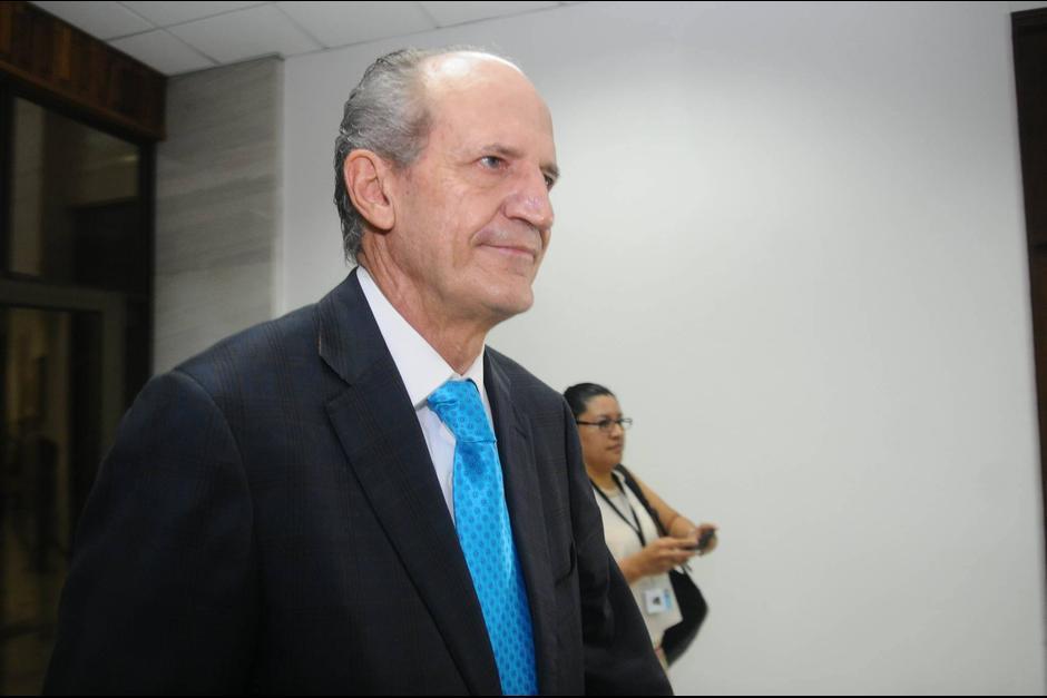 Flavio Montenegro se presentó de manera voluntaria ante el juez Gálvez que giró orden de captura por el delito de financiamiento electoral ilícito. (Foto: Archivo/Soy502)