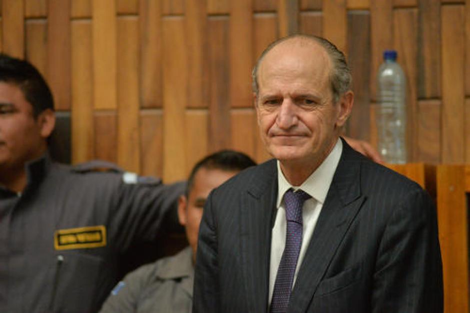 El banquero Flavio Montenegro se encuentra con arresto domiciliar. El MP no apeló la resolución de Gálvez. (Foto: Archivo/Soy502)