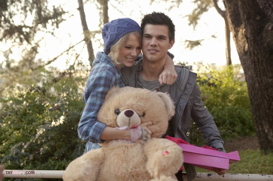 """Los Taylor se enamoraron en el rodaje de la película """"Día de San Valentín"""". (Foto: fmdos.cl)"""