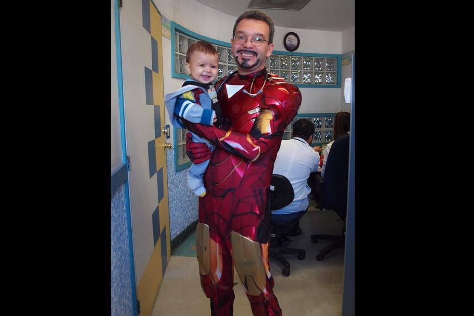 Iron Man también es otro de los más solicitados en el hospital. (Foto: Sergio Gallegos)