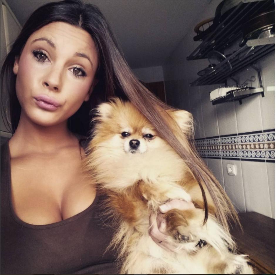 Alba Casillas ama a los perros. (Instagram)