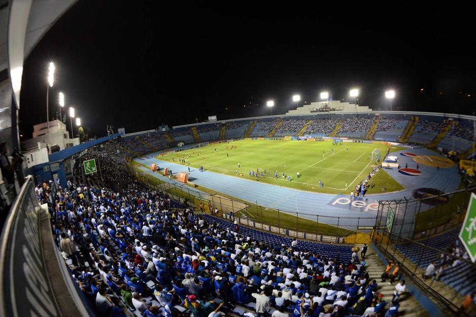 Será el primer clásico que se juegue baje el nombre de estadio Doroteo Guamuch Flores. (Foto: Archivo)