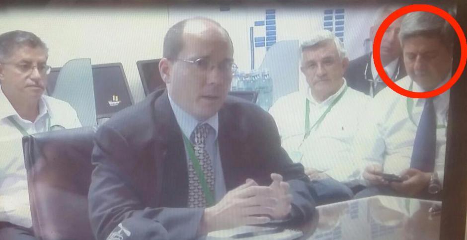 El señor Otto Fernando Gramajo, en otra reunión de alto nivel con funcionarios de la Embajada de los Estados Unidos.
