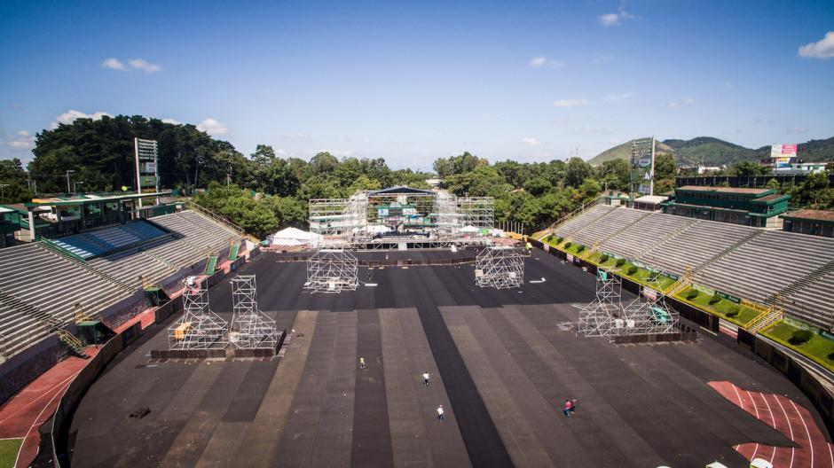 El escenario ya está montado y listo para hacer pruebas de sonido. (Foto: SD Concerts Guatemala)