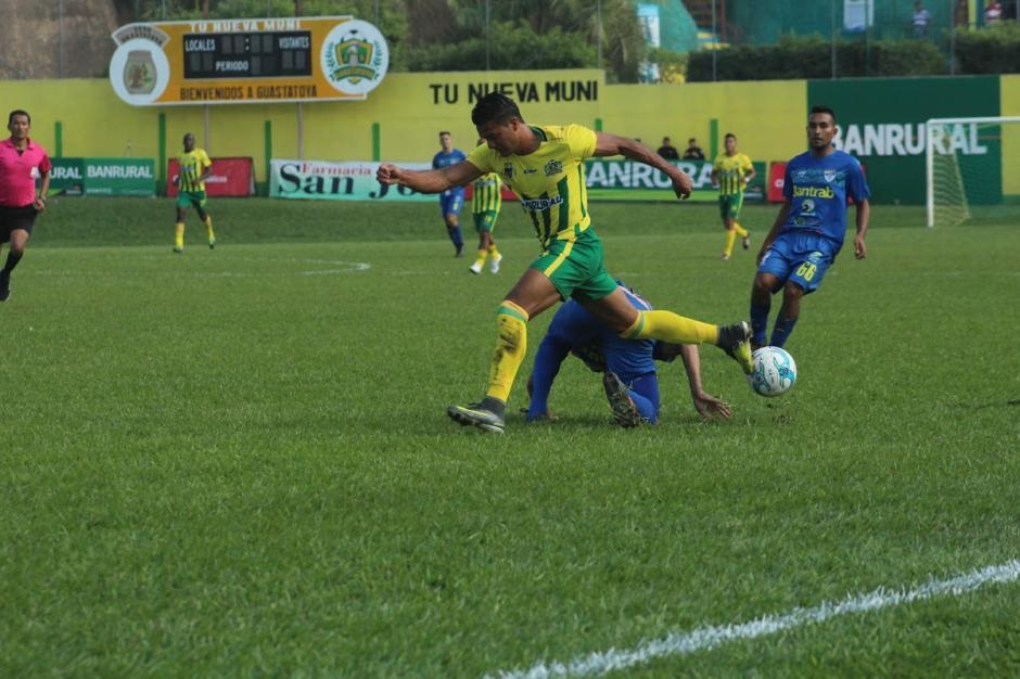 Guastatoya derrotó 1-0 a Cobán en el estadio David Cordón Hichos. (Foto: Nuestro Diario)