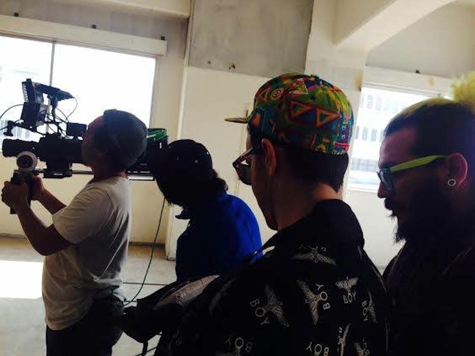 Los creadores enviaron su detrás de cámara. (Foto: Frame & Beat)
