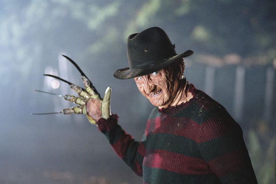 Un hombre disfrazado de Freddy Krueger disparó contra una multitud. (Foto: goliath.com)
