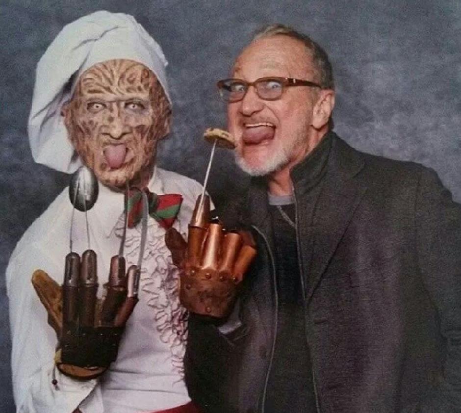 Freddy Krueger siempre llevaba un guante pon puntas de acero. (Foto: Robert B. Englund/Instagram)