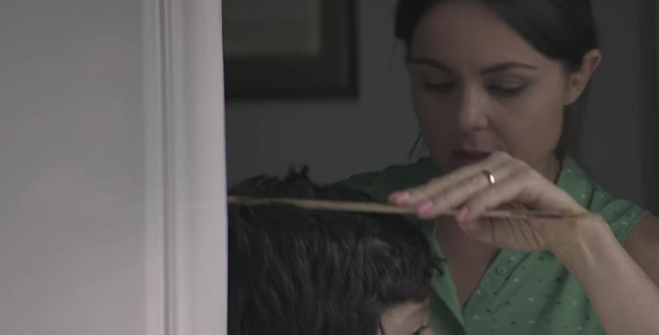 Diego Luna asegura que las mamás mienten. (Captura de pantalla: Canal Fud México)
