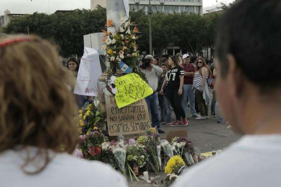 Como en 2015 cientos de personas salieron a las calles a protestar. (Foto: Alejandro Balan/Soy502)