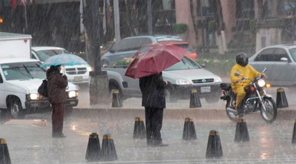 La Tormenta Tropical Patricia que se convirtió en huracán provoca fuertes lluvias en el territorio mexicano. (Foto:www.tribunadeloscabos.com.mx)