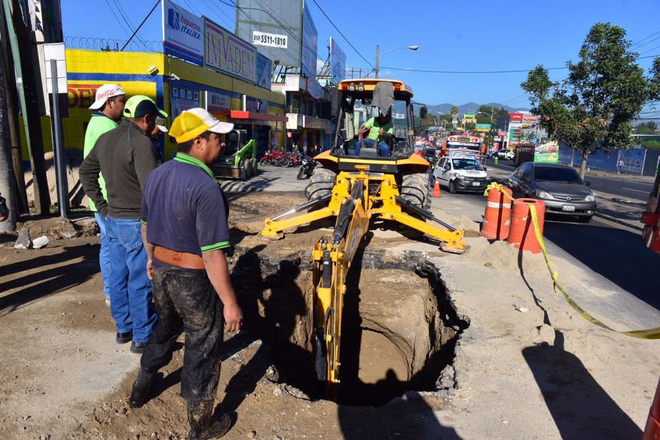 Las reparaciones podrían finalizarse este martes en horas de la noche. (Foto: Jesús Alfonso/Soy502)