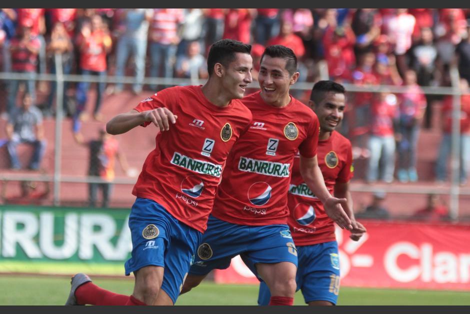 """José Carlos """"el Flaco"""" Martínez  se estrenó como goleador de Municipal. (Foto: Luis Barrios/Soy502)"""