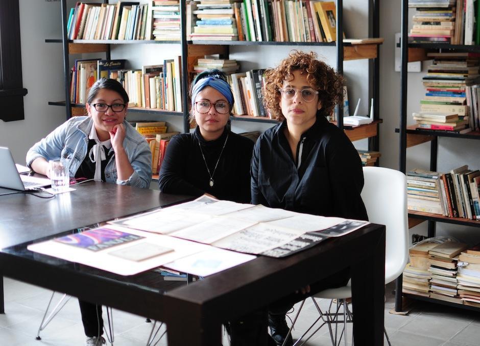 El equipo de Yaxs trabaja para proteger el legado del arte contemporáneo. (Foto: Alejandro Balán/Soy502)