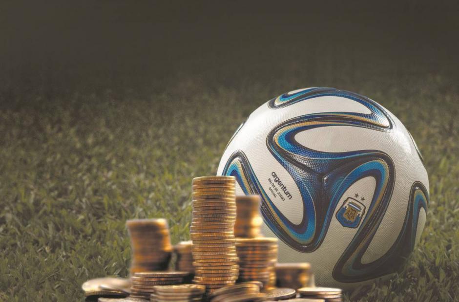 Cada año, los salarios de los futbolistas se incrementan. (Foto: losandes.com.ar)
