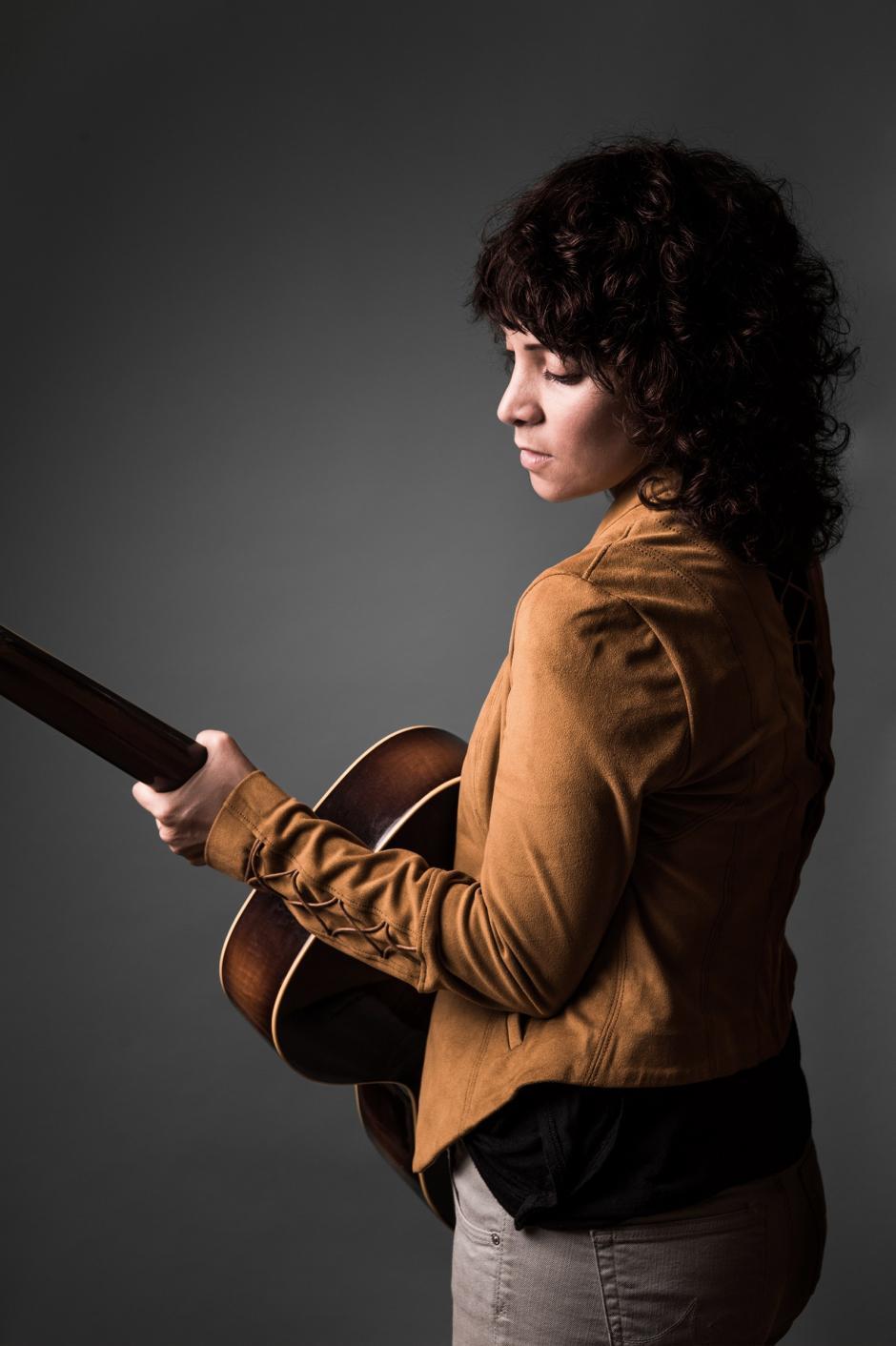 La guatemalteca fue entrevistada por el sitio especializado en música Music Bed. (Foto: Music Bed)