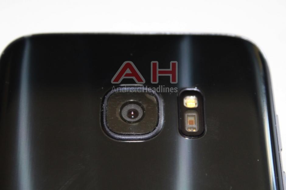 La cámara soporta hasta 13 megapixeles para capturar mejores fotografías.