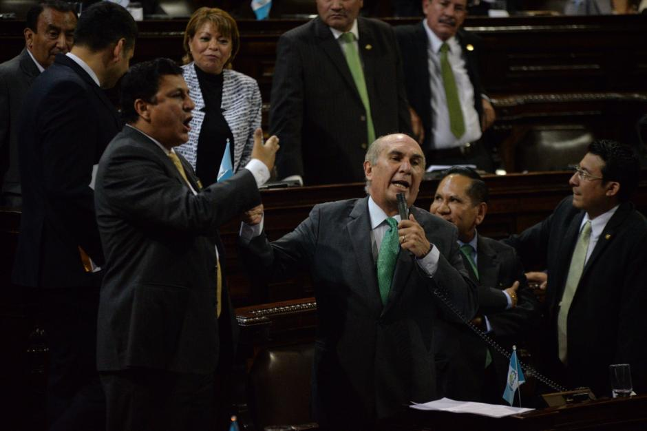 Taracena le recriminó a los diputados de FCN que Rabbé siga como diputado. (Foto: Wilder López/Soy502)