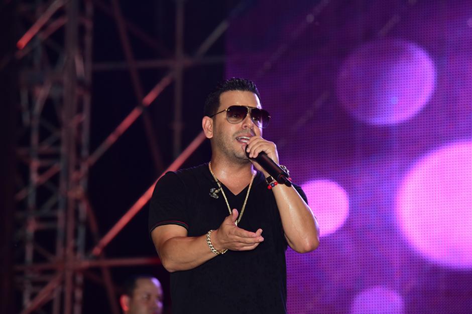 Tito el bambino amenizó el espectáculo con sus temas más escuchados. (Foto: Abner Salguero/Nuestro Diario)
