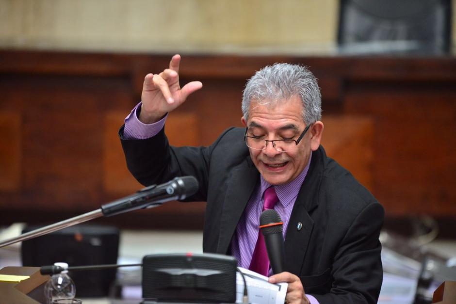 La explicación de Gálvez es detallada y con argumentos. (Foto: Jesús Alfonso/Soy502)