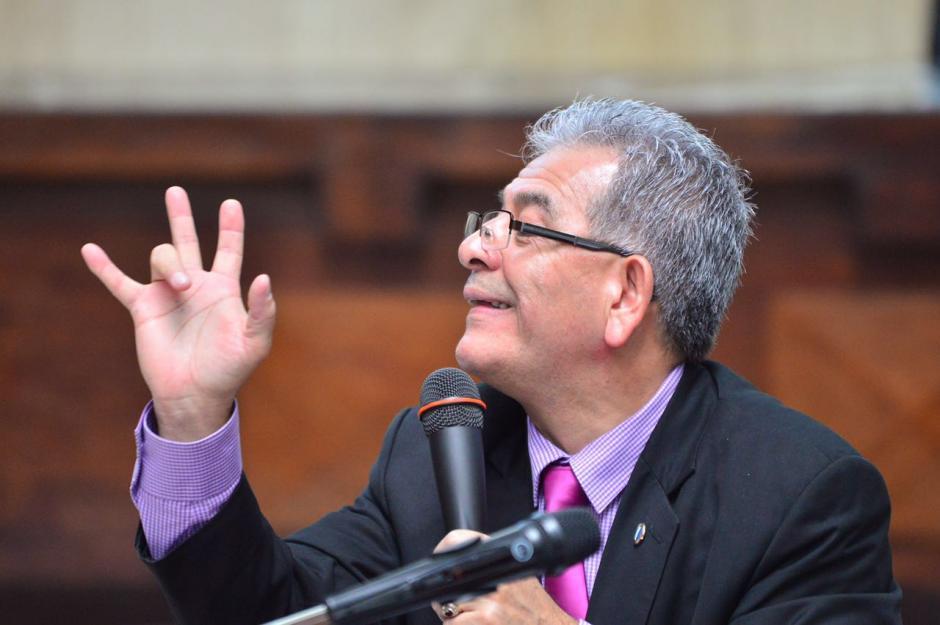 También ha mencionado al actual contralor de cuentas, Carlos Mencos. (Foto: Jesús Alfonso/Soy502)