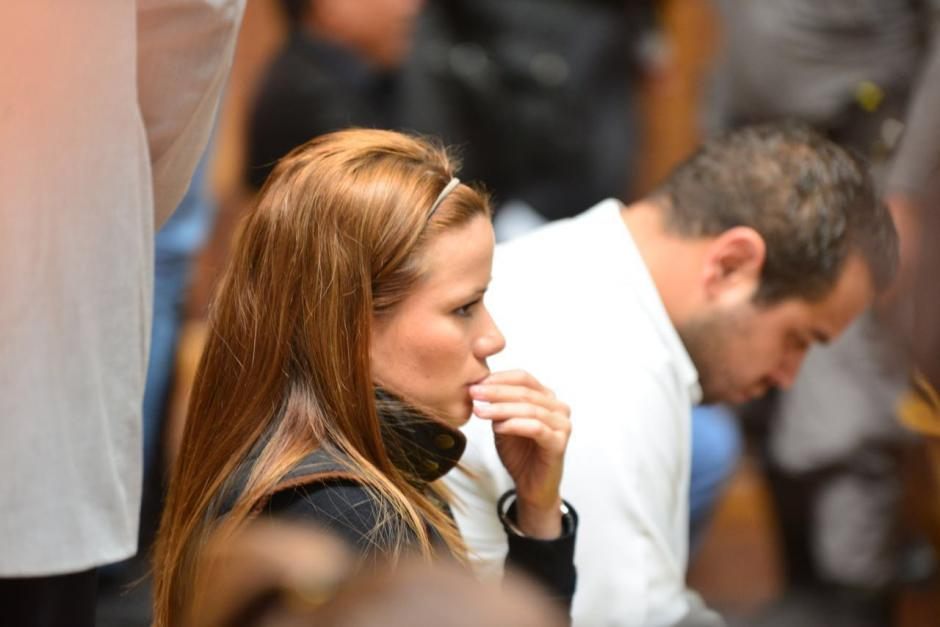 Daniela Beltranena atenta a lo que indica el juez. (Foto: Jesús Alfonso/Soy502)