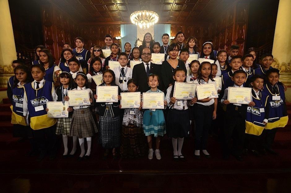 En el Palacio Nacional de la Cultura fueron premiados 26 ganadores de Cuentos en familia 2016. (Foto: Selene Mejía/Soy502)