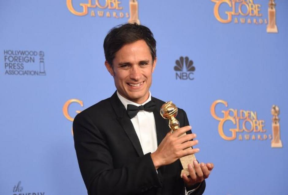 """Gael García Bernal recibió el premio como """"Mejor actor en una serie de comedia"""". (Foto: AFP)"""