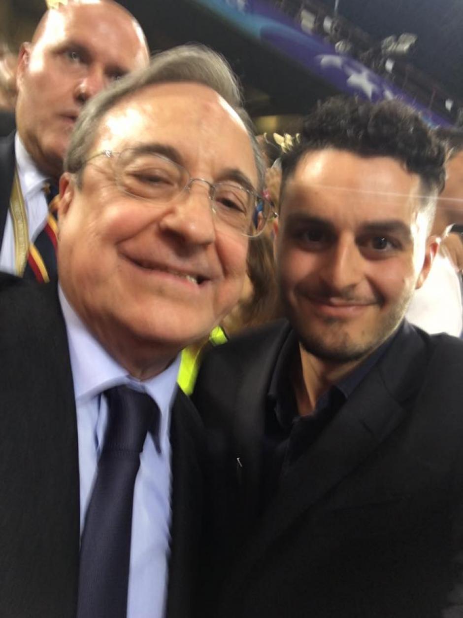 "Galasso se sentó junto a Florentino Pérez con quien se tomó una ""selfie"". (Foto: Facebook/Gaspare Galasso)"