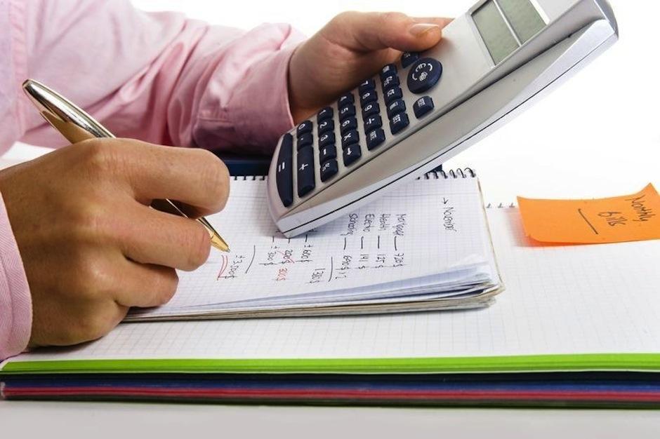 Apunta todos los gastos pequeños en un cuaderno. (Foto: dondebanco.com)