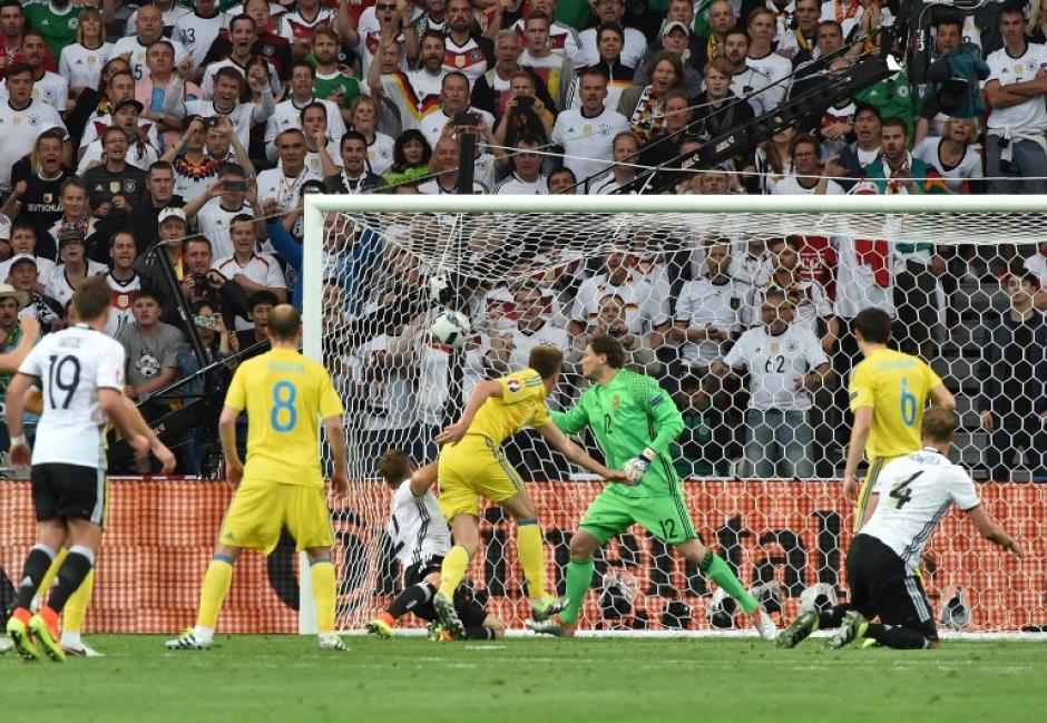 Así fue el primer gol de Alemania ante Ucrania. (Foto: AFP)