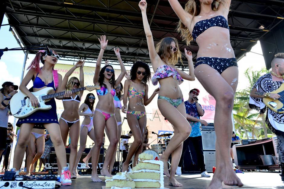 Cientos de modelos de Estado Unidos y el mundo se reunieron en Miami. (Foto: Getty)