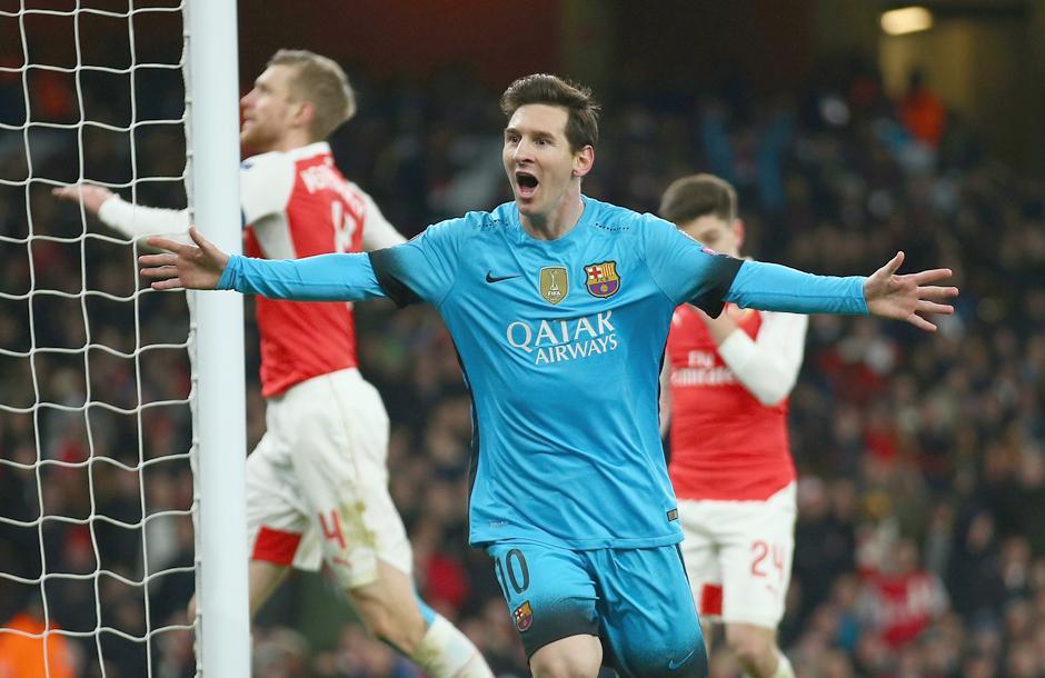 Messi y su doble festejo frente al Arsenal por la Champions. (Foto: Getty)