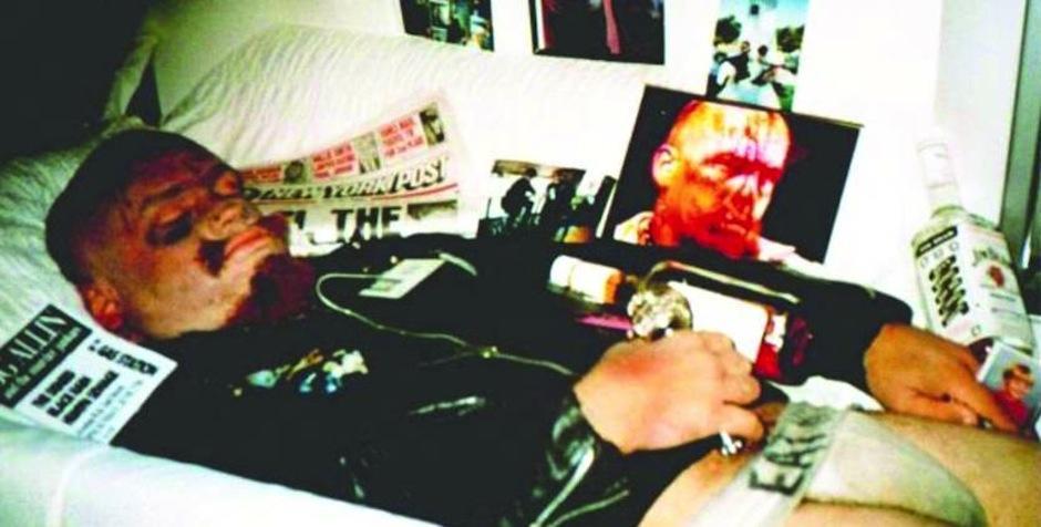 """GG Allin fue un controversial cantante de punk, considerado uno de los únicos y verdaderos """"rockeros shock"""". Murió de una sobredosis accidental de heroína, su cuerpo fue enterrado con un micrófono, un reproductor de cassette y su álbum """"The Suicide Sessions"""". (Foto: Ranker)"""
