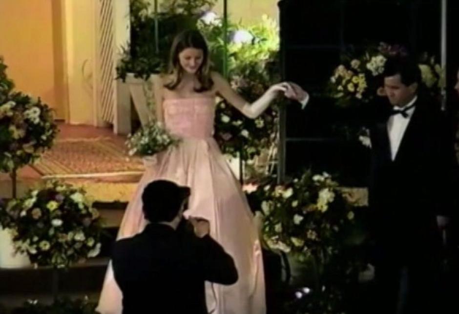 En la celebración de sus 15 años, lució como una princesa. (Foto: Daily Mail)