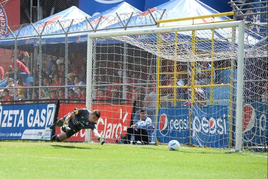 Cristian Álvarez ya no defenderá la portería de Municipal