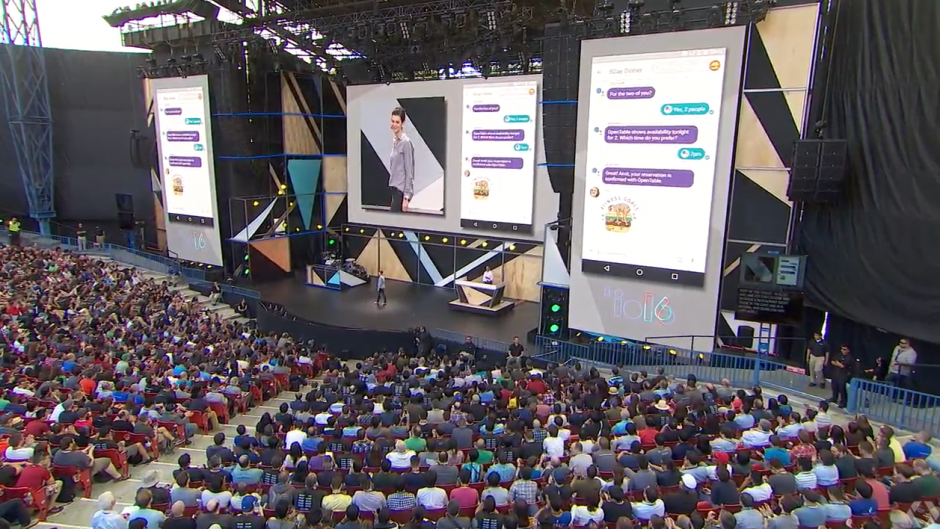Cientos de personas asisten al evento que Google organiza anualmente. (Captura pantalla de Google)
