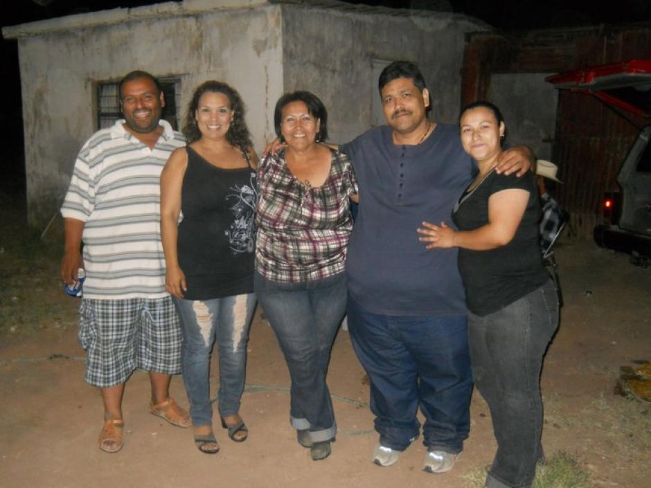 Andrés Moreno junto a su familia en agosto del 2011. (Foto: Facebook/Andrés Moreno)